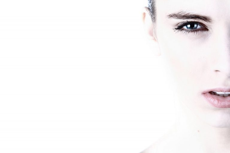 rutina facial para la piel delicada