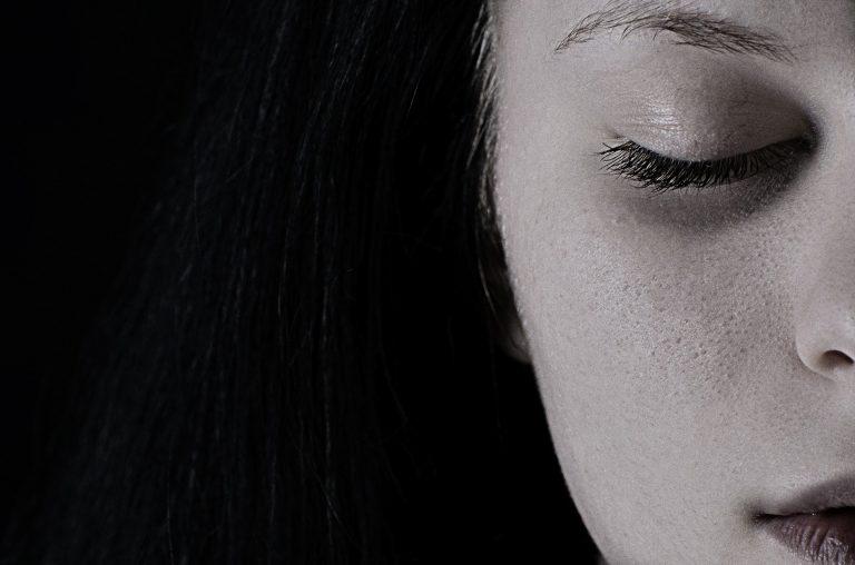 rutina facial de noche piel sensible